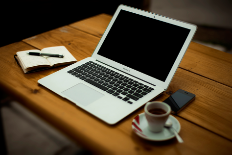 resized-Alejandro-Escamilla-unsplash-work-stations-plus-espresso