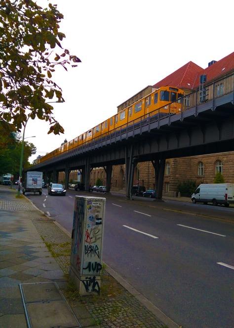 s-bahn-kreuzberg-berlin